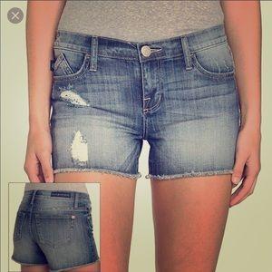Rock & Republic Shorts - Rock & Republic Hula Frayed Jean Shorts size 10